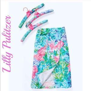 Lilly Pulitzer Bohemian Queen Towel Wrap + Hangers